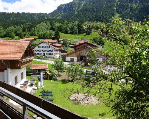 Mittag Balkon